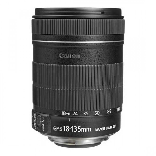CANON Lens EF-S 18-135mm f/3.5-5.6 IS